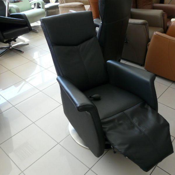 Fekete bőr elektromos,körbeforgós Relax F011