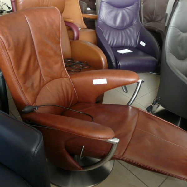 Barna bőr mechanikus,körbeforgós Relax fotel F083