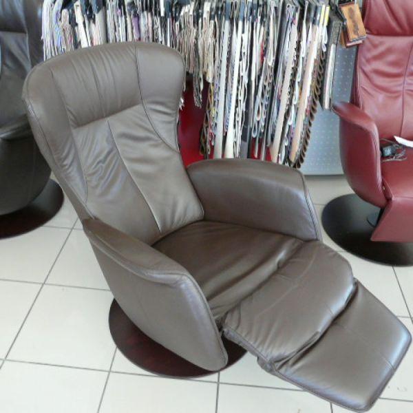 Barna bőr elektromos,körbeforgós  Relax  fotel  F009