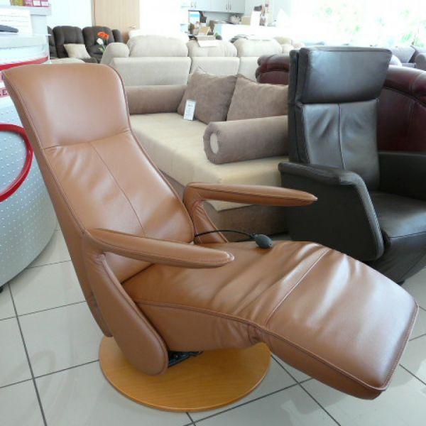 Világosbarna bőr elektromos ,körbeforgós Relax  fotel F007