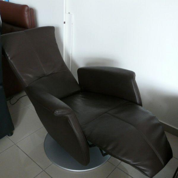 Barna bőr elektromos,körbeforgós  Relax fotel F042