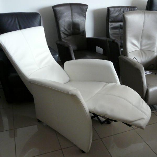Fehér bőr eletromos Relax fotel F048