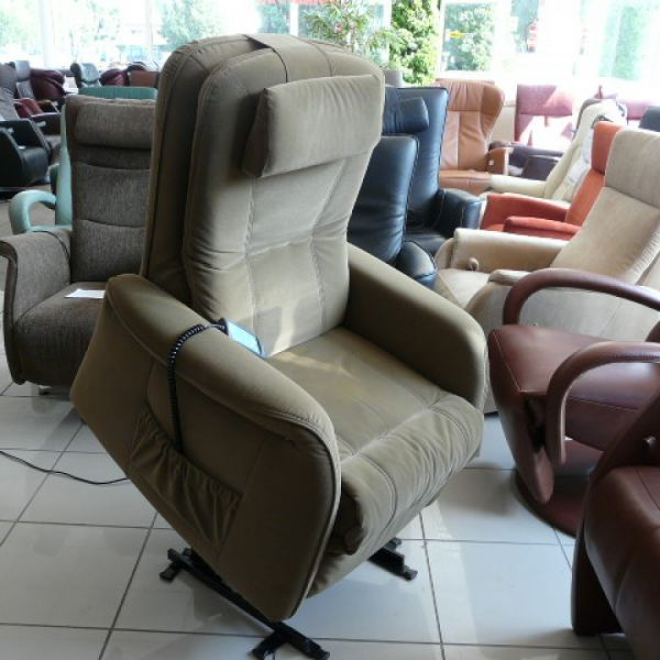 Zöld szövet felállás segítő fotel F055