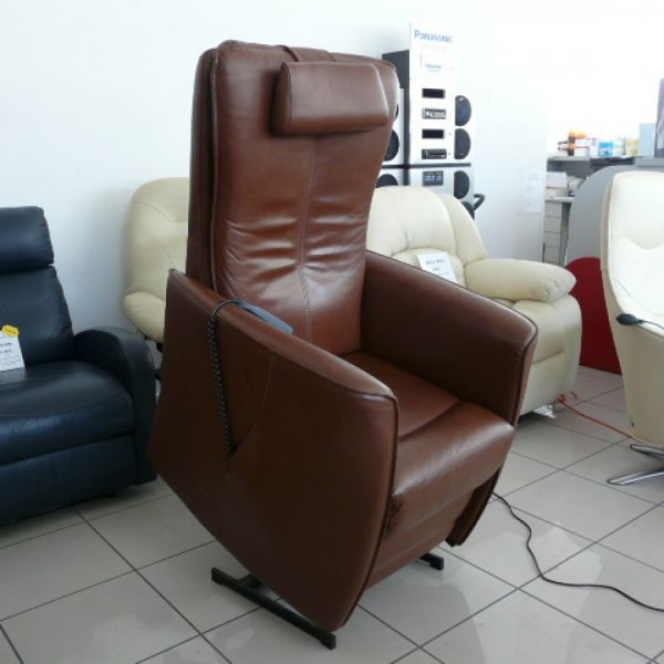 Barna bőr feállás segítő fotel F025