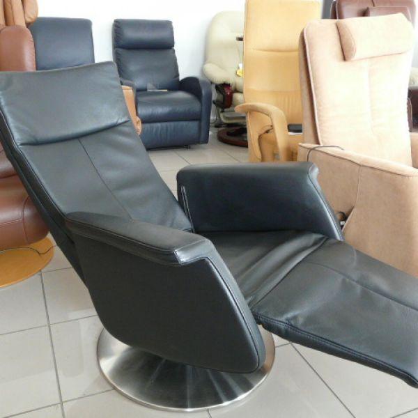 Fekete bőr elektromos,körbeforgós Relax fotel F031