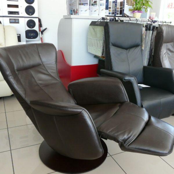 Barna bőr elektromos,körbeforgós  Relax fotel F010